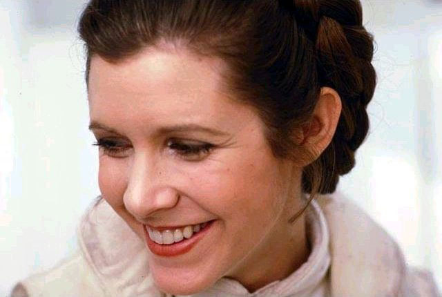 leia-princess-leia-organa-solo-skywalker-9301326-640-430