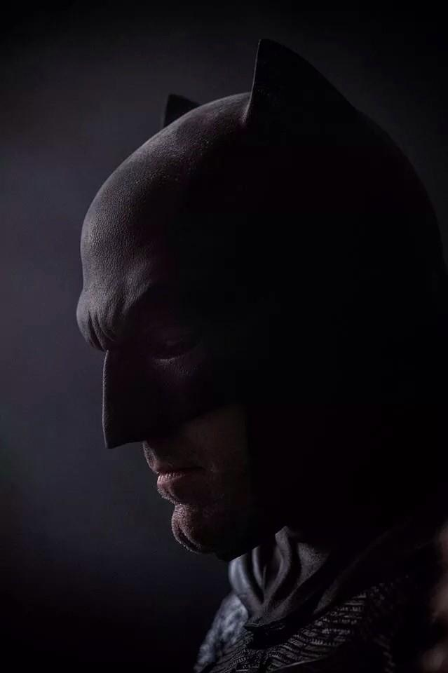Affleck Batman Side