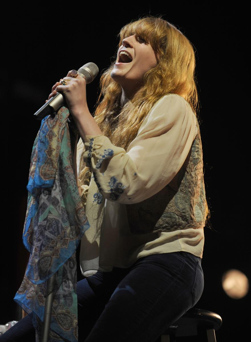 Florence Welch of Florence and the Machine performs during KROQ's Weenie Roast y Fiesta at Irvine Meadows Amphitheatre. ///ADDITIONAL INFO:  weenieroast_review.0517 - 05/16/15- KELLY A. SWIFT, CONTRIBUTING PHOTOGRAPHER -