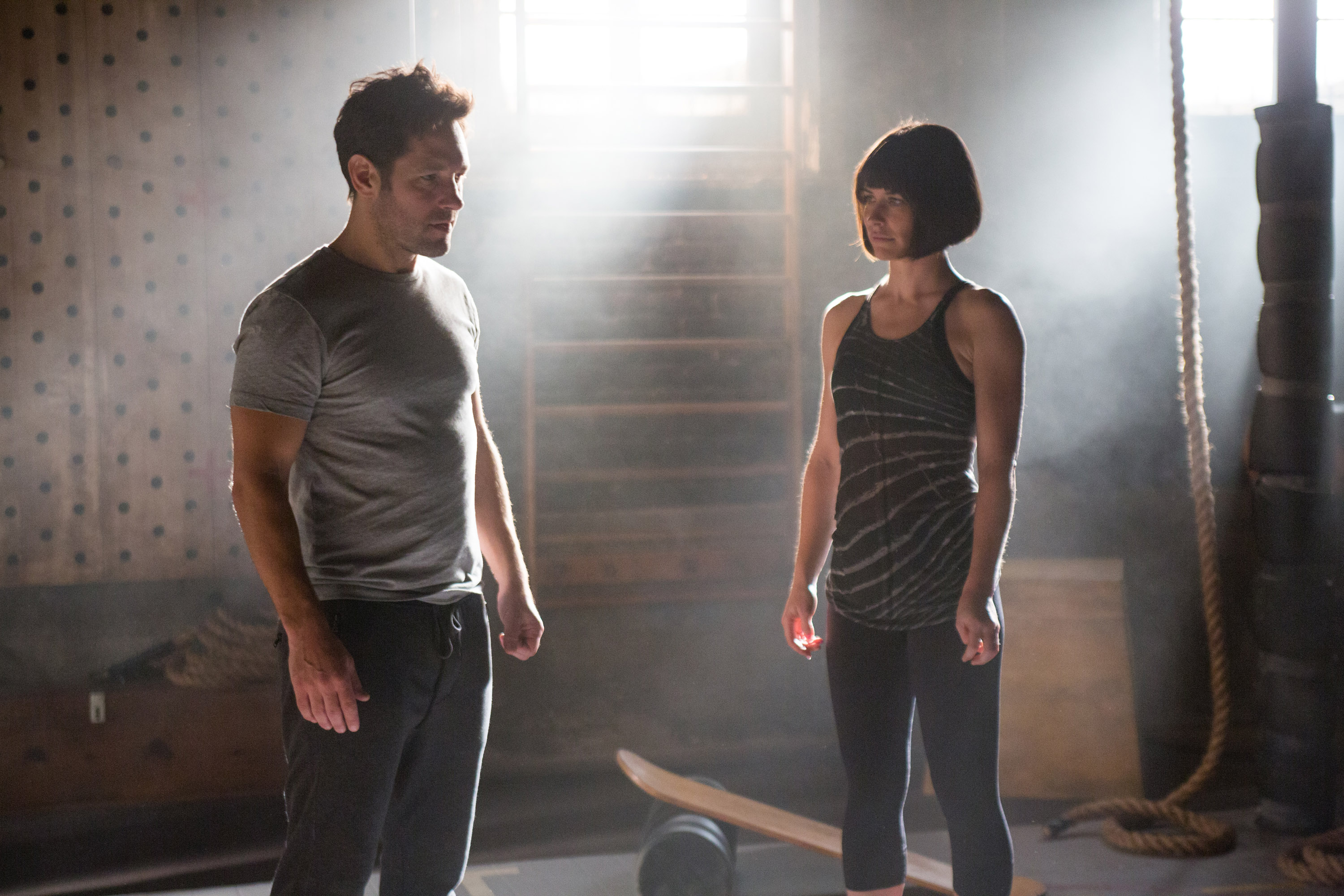 Marvel's Ant-Man L to R: Ant-Man/Scott Lang (Paul Rudd) and Hope van Dyne (Evangeline Lilly) Photo Credit: Zade Rosenthal © Marvel 2015