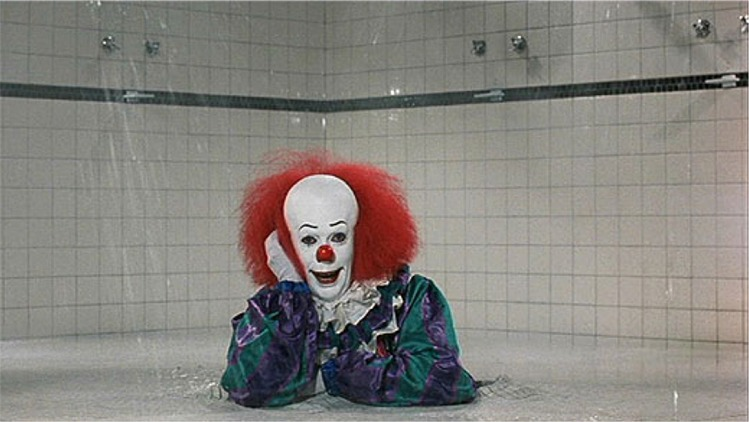 Pennywise_shower